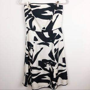 ANN TAYLOR BLACK WHITE SILK STRAPLESS DRESS SZ 2